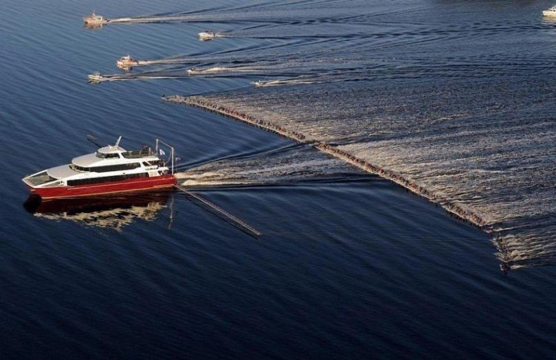 145water-skiers